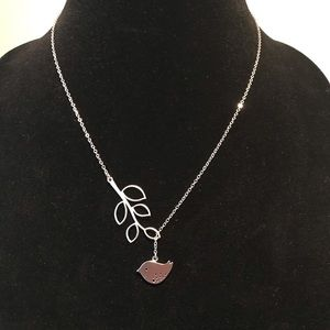 Jewelry - Leaf and Bird Necklace